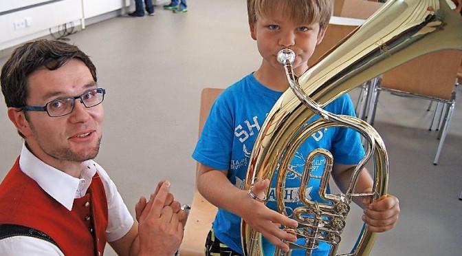 """""""Schülerwerbung"""" bei der Musikvereinigung"""