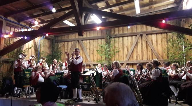 Maifest im Emersacker Gemeindestadel