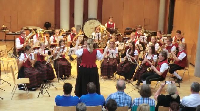 "Jugendkapelle bei ""Musik verbindet"""
