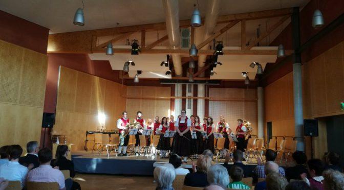 Jugendkapelle der Musikvereinigung Welden zu Gast bei der Serenade der Musikschule
